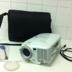 Video Proector Marca NEC HT 510 - Videoproiector