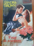 FUGA DE CELEBRITATE- Sandra Brown