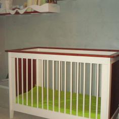 Patut copii cu saltea si polite de perete - Cos bebelusi
