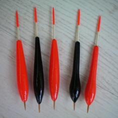 Plute pentru pescuit la scobar, babusca, caras si crap - Pluta Pescuit