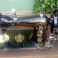 Masina de cusut Gritzner, an 1911, seria 3543442, functioneaza perfect