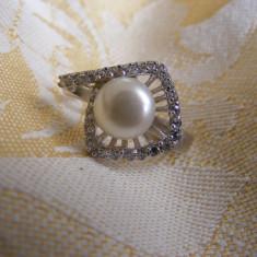 CERCEI DIN ARGINT 925 CU PERLA DE CULTURA SI ZIRCONIU - Cercei perla