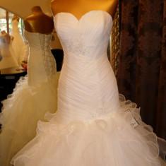 Rochie de mireasa DIVA model 2012