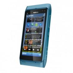 Vand Nokia N8 argintiu, stare foarte buna, 16 GB memorie interna, camera 12 megapixeli, liber de retea. - Telefon mobil Nokia N8