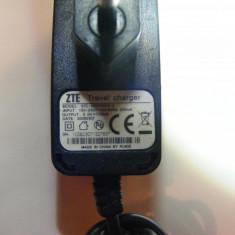 Incarcator Vodafone - Incarcator telefon Vodafone, De priza