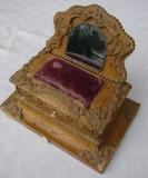 Miniatura dulapior cu sertar (de colectie) - inceput de secol 20.