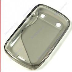 husa gri  silicon antiradiatii blackberry 9900 9930