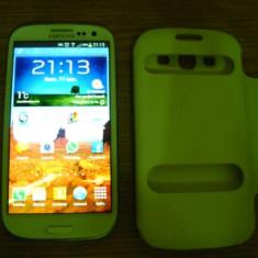 Vand Samsung Galaxy S3 WHite 16 GB - Telefon mobil Samsung Galaxy S3, Alb, Neblocat, Quad core, 2 GB