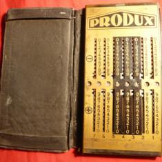 Calculator buzunar marca Produx, 5, 7 x 11, 5 cm, interbelic