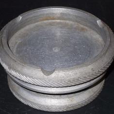 AuX: Veche SCRUMIERA Facuta In Strung Din Aluminiu Masiv