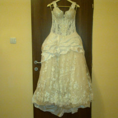 Rochie de mireasa printesa