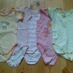 Body copii 6-9 luni in stare excelenta! Pretul este pe set!