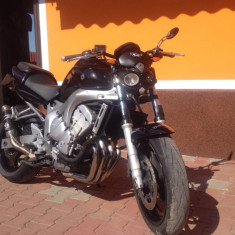 Yamaha Fazer - Motocicleta Yamaha