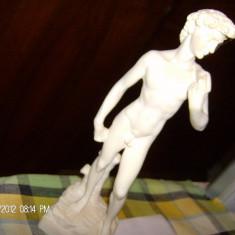 statueta APPOLO(PARIS) ALABASTRU