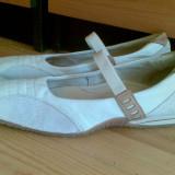 Pantofi Hush Puppies marimea 39, sunt din piele interior-exterior!