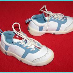 DE FIRMA → Adidasi din piele, stare foarte buna, DECATHLON Baby → copii | nr. 24, Unisex, Alb