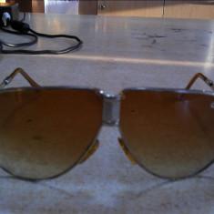 Ochelarii de soare carrera - Ochelari de soare Carrera, Femei