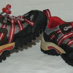 Adidasi copii TIMBERLAND - nr 22