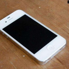 iPhone 4 Apple Alb Neverlocked, 16GB, Neblocat