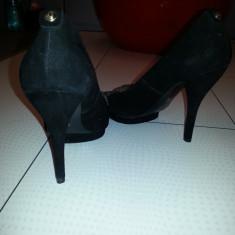 Vand pantofi Guess noi-nouti - Pantof dama Guess, Culoare: Negru, Marime: 41, Negru