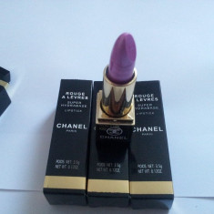 Chanel Ruj Super Hydrabase