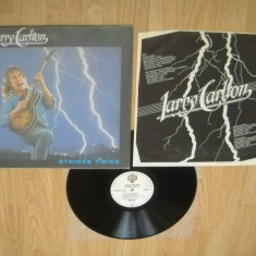 LARRY CARLTON : Strikes Twice (1980) (vinil jazz rock meserie!) Recomand! - Muzica Jazz warner