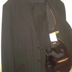COSTUM HUGO BOSS (ORIGINAL) - Costum barbati Hugo Boss, Marime: 54, Culoare: Negru, 1 nasture, Marime sacou: 54, Lung