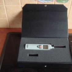 Umidometru si termometru profesional Voltcraft HT-200 defect