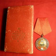 Medalie 5 Ani Proclamarea Republicii , argint ,cutie originala