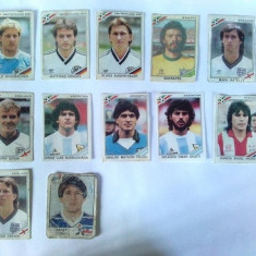 Lot stickere 9+1 Mexico ' 86( dezlipite) + euro '84 ( deteriorat )