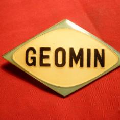 Insigna mare : GEOMIN, metal si email, Romania de la 1950