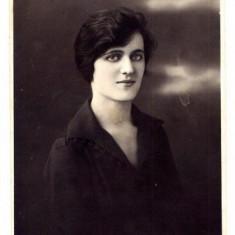 AA9 - FOTOGRAFIE VECHE - MODA - ANII 1920 - DOAMNA IN ROCHIE -