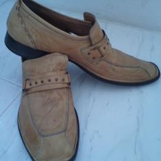Vand pantofi piele naturala - Pantofi barbati Cesare Paciotti, Marime: 42, Culoare: Bej, Eleganti