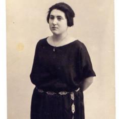 AA6 - FOTOGRAFIE VECHE - MODA - ANII 1920 - DOAMNA IN ROCHIE