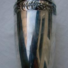 Vaza din alpacca, cu marcaj - Argint, Ornamentale