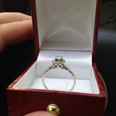 Inel aur alb, cu diamante, certificat garantie.