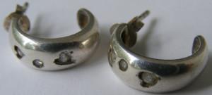 Cercei vechi din argint cu 3 pietre
