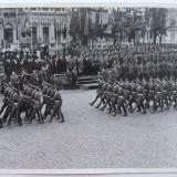 Gen. Antonescu, MSM, Regele Mihai la defil. noii promotii de ofiteri, 1941 - Fotografie veche