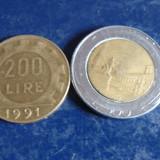 Lot 2 monezi 200, 500 lire Italia