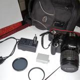 Canon EOS 1000D (cu obiectiv 18-55) + card 4GB + 2 filtre (UV si Polarizare)
