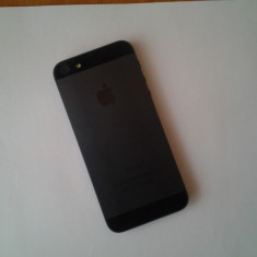 Vand iPhone 5 Apple, 16GB, stare perfecta, Negru, Neblocat