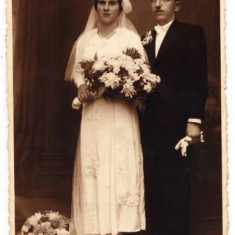 B3. - FOTOGRAFIE VECHE - MODA - ANII 1920 - NUNTA - ROCHIE DE MIREASA - FOTO MARCULESCU BUCURESTI