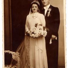 B1. - FOTOGRAFIE VECHE - MODA - ANII 1920 - NUNTA - ROCHIE DE MIREASA