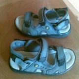 Sandale din piele marimea 31,sunt noi!