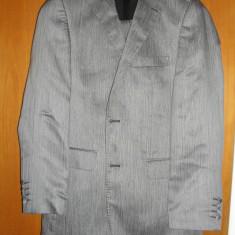 Costum Barbatesc D'S DAMAT culoare GRI - Costum barbati, 2 nasturi, Marime sacou: 50