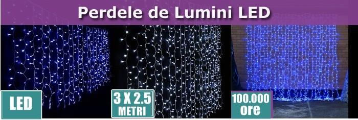 PERDELE LUMINI CU LEDURI ALBE PT. DECORATIUNI NUNTI,BOTEZURI,PARTY.3m X 2,5m.NOU