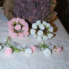 Marturii nunta cocarde trandafir din spuma cu fundita marturie cocarda trandafir