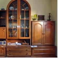 Mobila sufragerie/ living, 9 corpuri, furnir stejar - Set mobila living