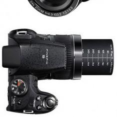 Fujifilm S4000 in garantie + geanta + card 8Gb + acumulatori cu incarcator + minitrepied - Aparat Foto compact Fujifilm, Bridge, 14 Mpx, Peste 20x