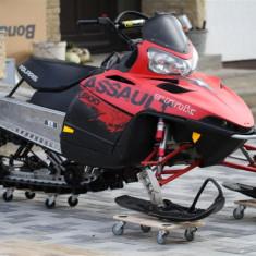 Snowmobil POLARIS ASSAULT 800 RMK - ATV